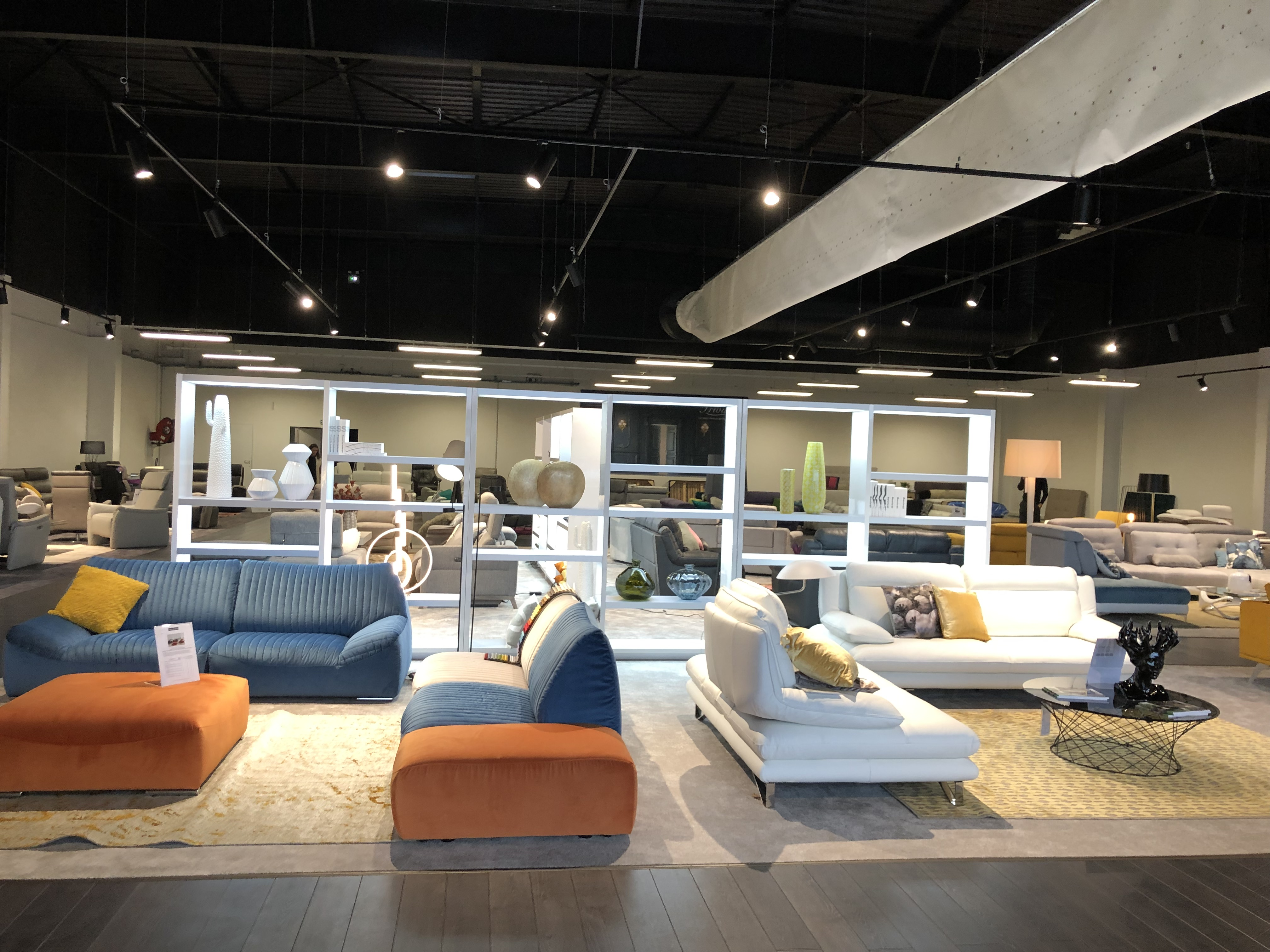 Home Salons A Laval