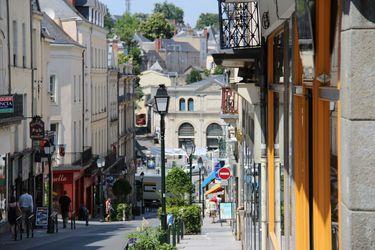 Rue des déportés LAVAL