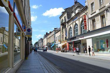 Rue Général de Gaulle LAVAL